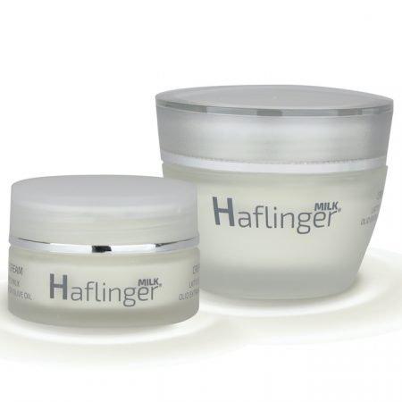 Barattoli di crema viso naturale fatta con latte di cavalla haflinger per pelle secca