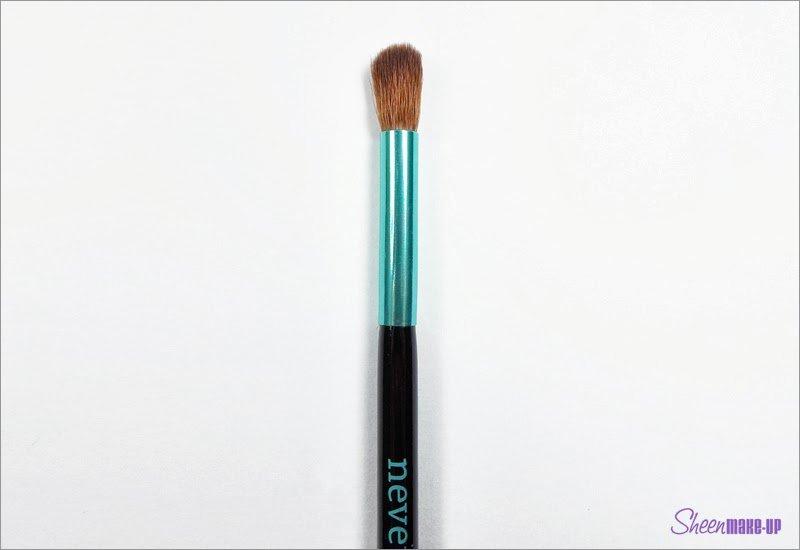 Pennello del Set Aqua Baby Blender di Neve Cosmetics